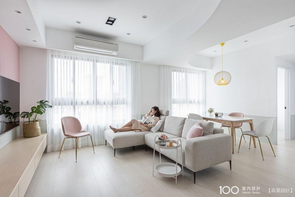 沙發不靠牆,客廳空間竟然可以這麼活用