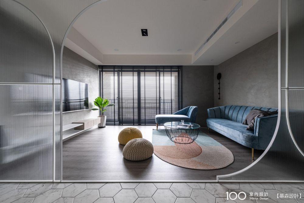 36坪淡紫浪漫屋,寬敞玄關一進門就超舒適