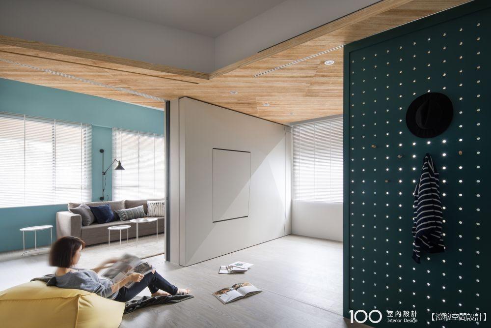 用移動式機關創造空間驚喜的複合式小宅