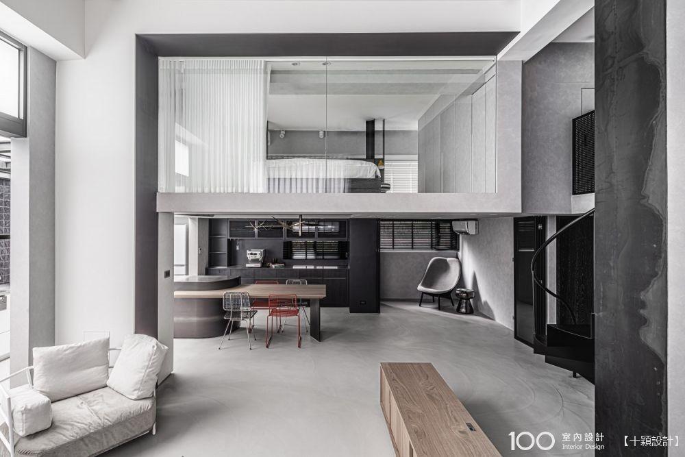 【45坪複層宅】破除隔間讓光穿透,品味黑灰白的時尚魅力