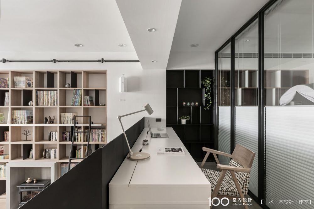 沒有書房,一張桌板就能打造高機能工作空間