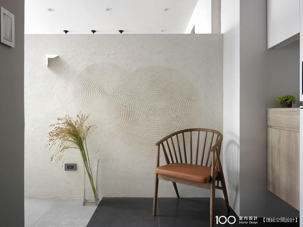 中性色調X粗糙感塗料,寧靜系客廳這樣打造最到位