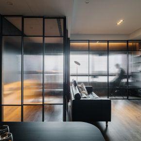 Smoky & Peaty 現代風 新成屋