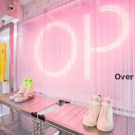 霓虹-服飾店設計