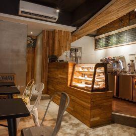 伍豆咖啡廳。Café