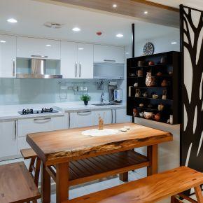冷暖色調相融的現代人文 日式風 老屋翻新