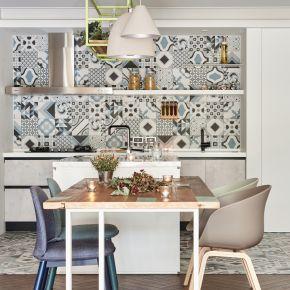 串聯客廳與餐廚的40坪清新宅 北歐風 老屋翻新