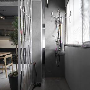 Poet's house 工業風 老屋翻新