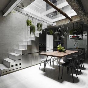 House W by KC 工業風 老屋翻新