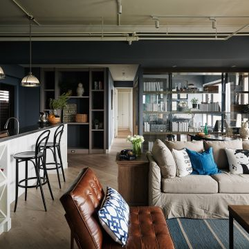 灰藍色的工業風居家宅