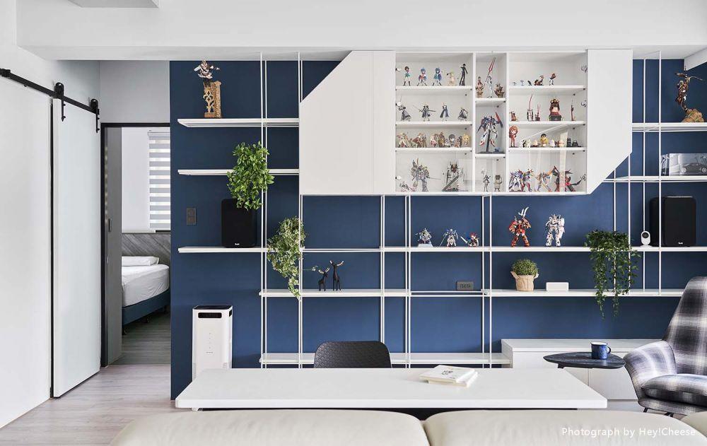 貓咪可自由穿梭的多樣化空間,白與藍的色彩風格